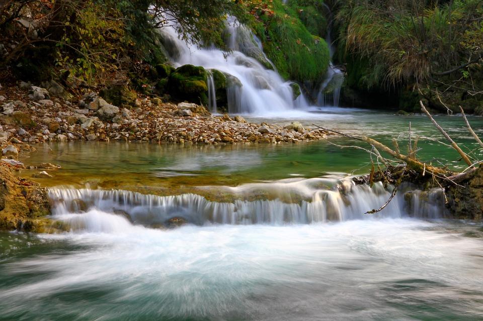 I laghi di Plitvice: come arrivare e quando visitare il parco più bello della Croazia.